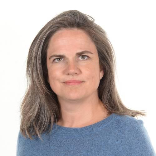 Kristina Helgstrand, legitimerad Psykoterapeut, M.Sc. Psychology 4-årig utbildning i psykoterapi, Danmark