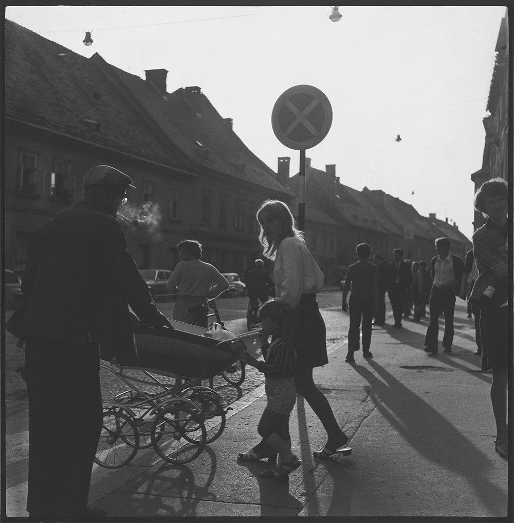 14. Ivan Dvoršak, Pasanti, ok 1975, čb fotografija, last UGM, foto Damjan Švarc.jpg