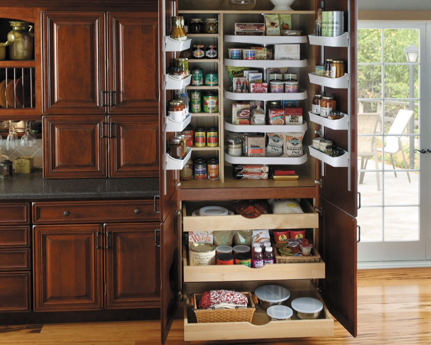 House of Kitchens - pantry2.jpg