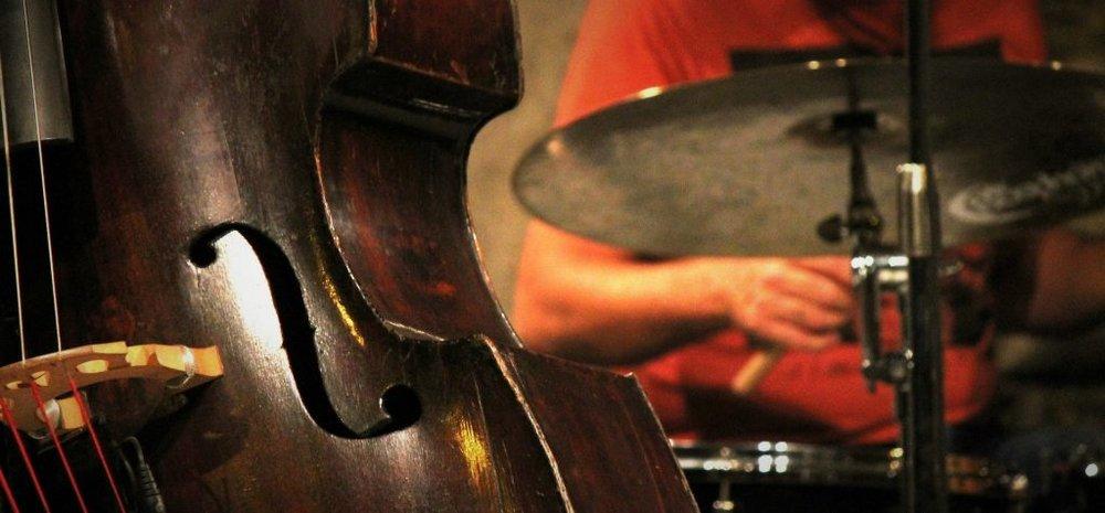 jazz-199547_1920-2-1024x476.jpg
