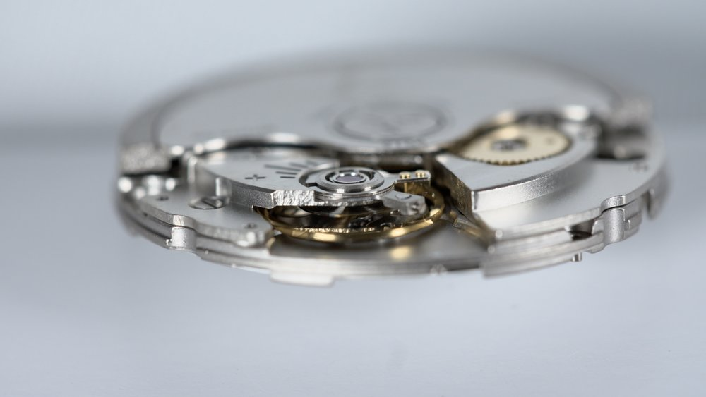 Longitude watch mechanism