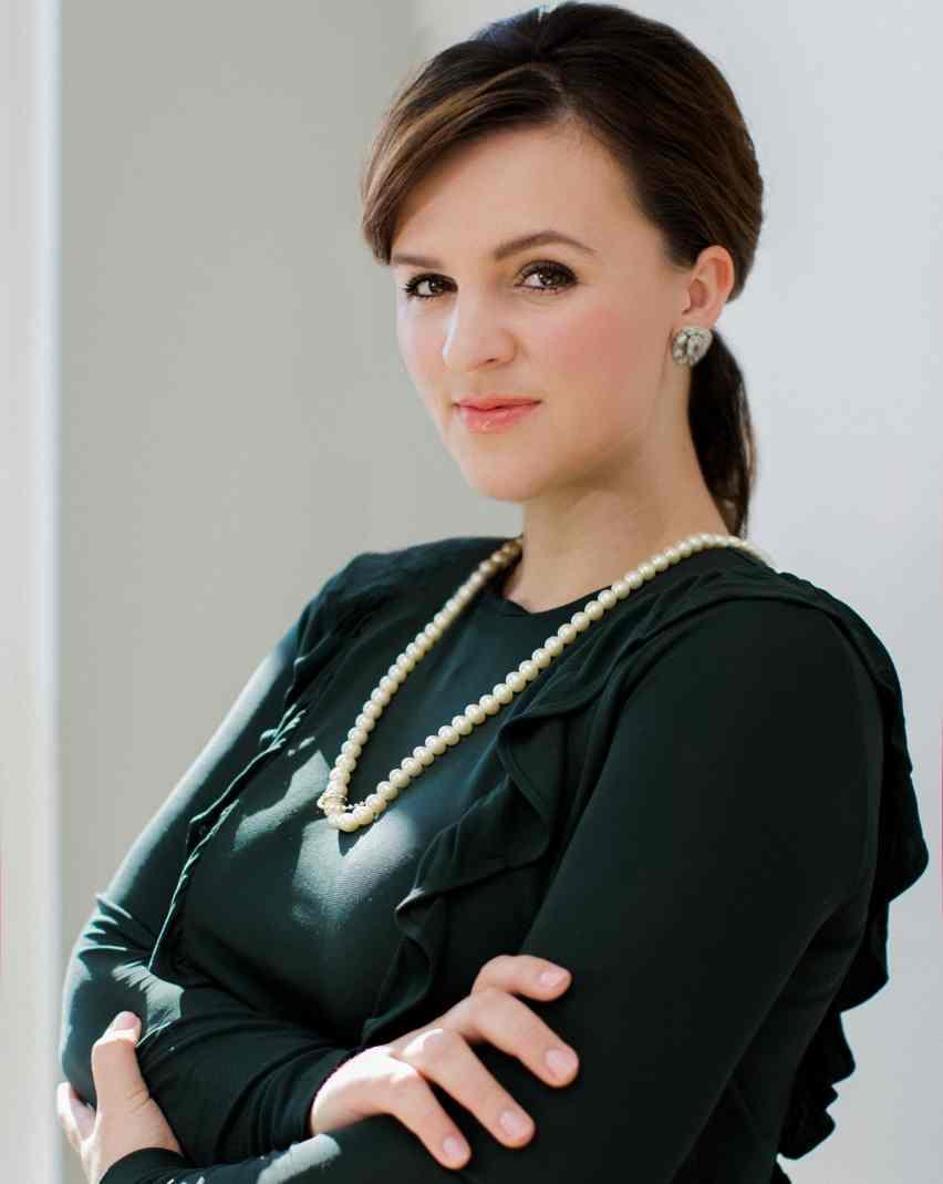 Jenny Osipov - Operations Manager
