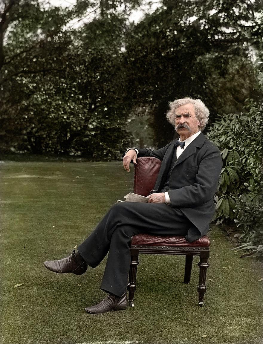 Mark Twain in the Garden, circa 1900    http://www.boredpanda.com/historic-pictures-colorized/