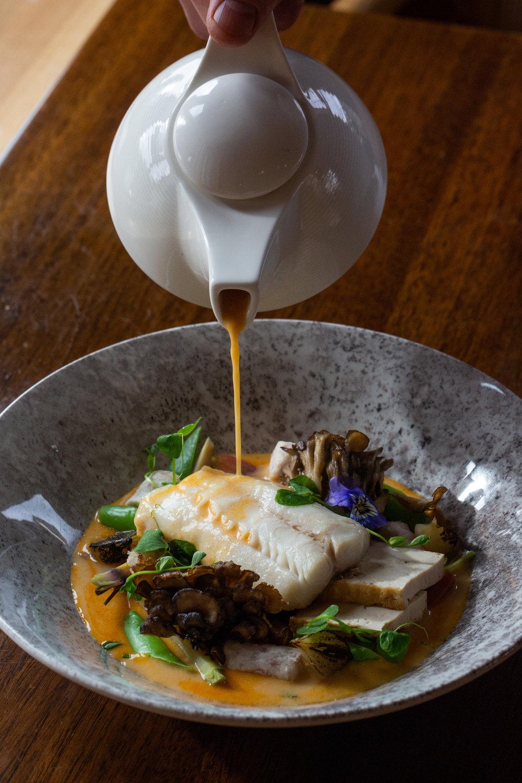 fresh-seafood-dinner.jpg