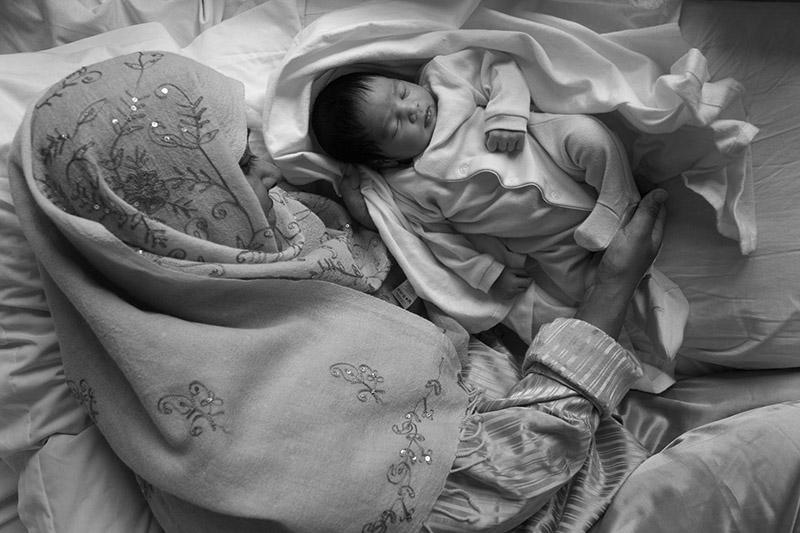 01-Hasina-Khatun-Ahmed-Shuhel-Ahmed-and-baby-Liyanan-Bint-Shuhel-Ahmed-2.jpg