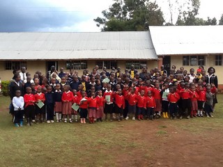 Eldoret School children.jpg