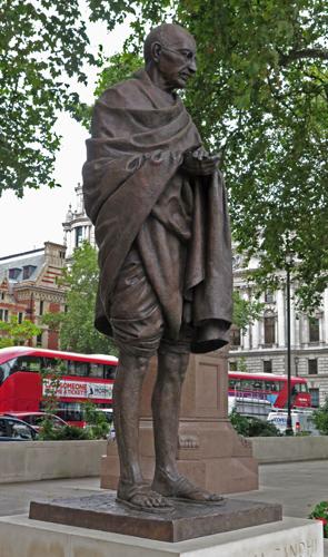 Mahatma Gandhi Memorial by Philip Jackson.jpg