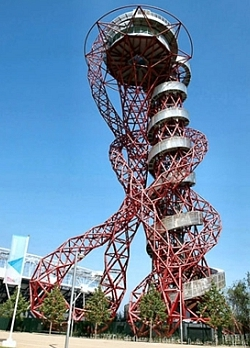 Designed by Sir Anish Kapoor, engineered by Cecil Balmond, The ArcelorMittal Orbit, 2012, recycled steel, h. 114.5cm., Queen Elizabeth Olympic Park, Stratford (photo: courtesy of the Public Monuments and Sculpture Association)