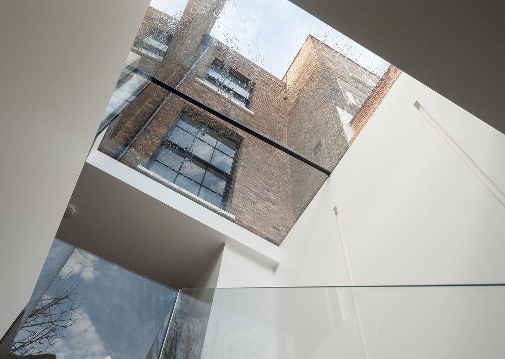 Glass-box-2.jpg