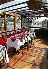 Calife barge restaurant