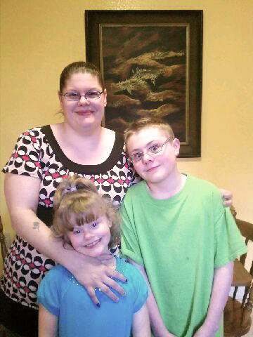February - RoychelleRoychelle is a previous client and has two children. She works for Lutheran Community Services and has a passion to care for and help others. As a low income mom, she works hard to provide for her family. Extremely wise and thrifty with her money, she is a caring and good role model for other moms facing similar challenges. She has accepted the responsibility of being the houseparent and living with moms at our new housing residence in Tukwila. She hopes this experience will continue to allow her to grow and learn and that she can help others, as they seek to provide healthy and happy homes for their children.