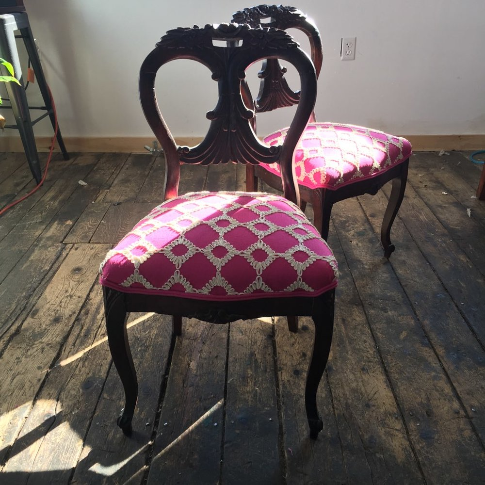 antique_pink_chairs.jpg