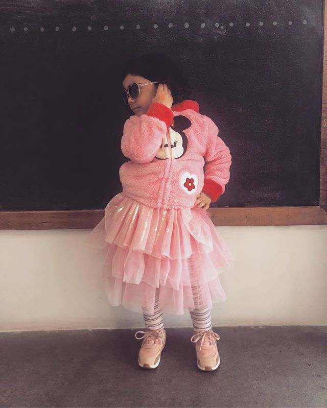 Dance class.....but make it fashion. 💅🏻
