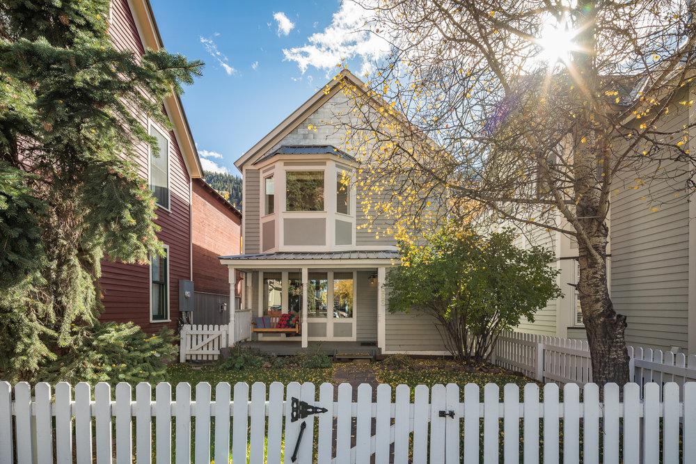 $2,180,250  566 West Co. Avenue, Telluride