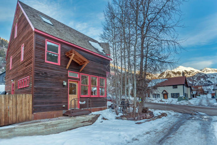 $1,355,000  113 S. Townsend Ave, Telluride