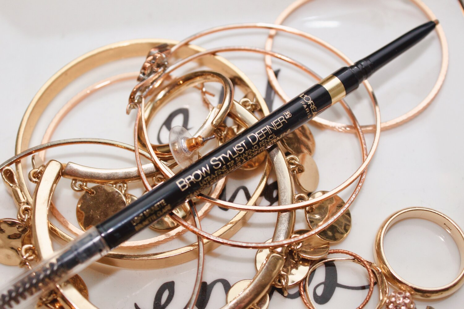 the 8 99 brow pencil that works like a 23 one brow wiz dupe the brunette blend