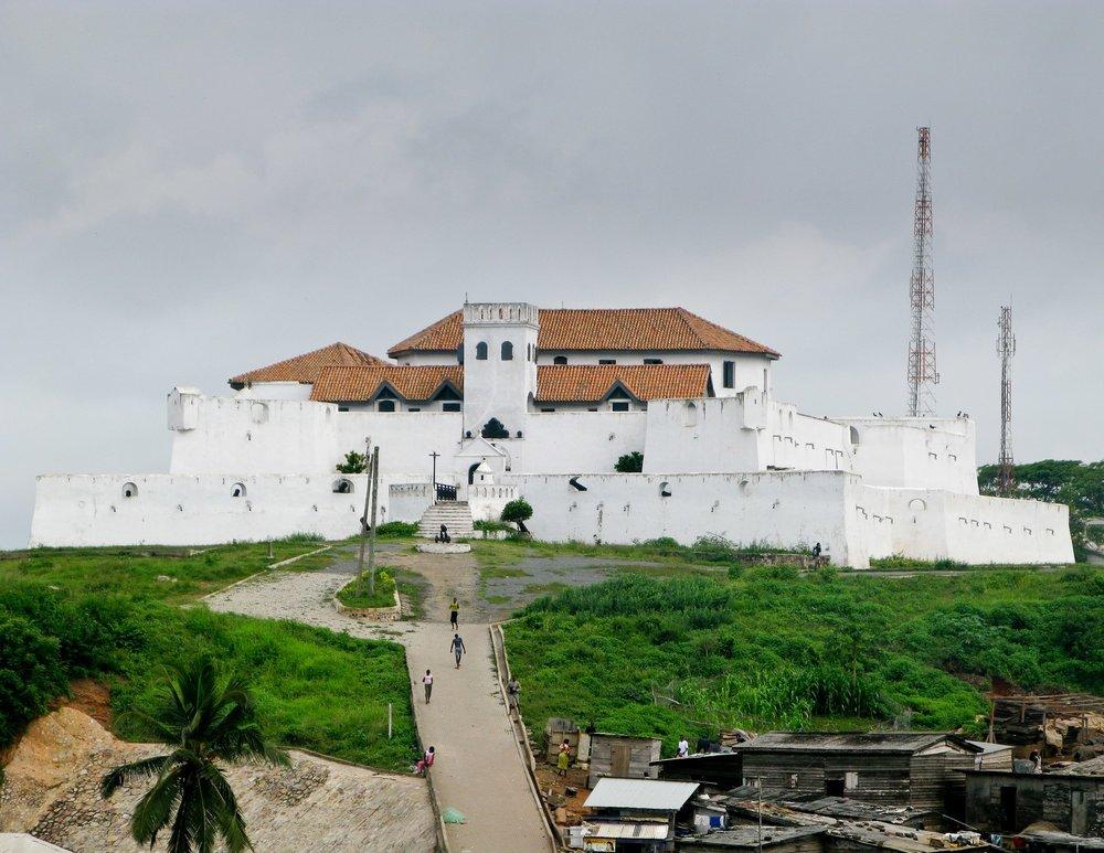 elmina-castle-in-ghana-near-accra-11713125-min.jpg