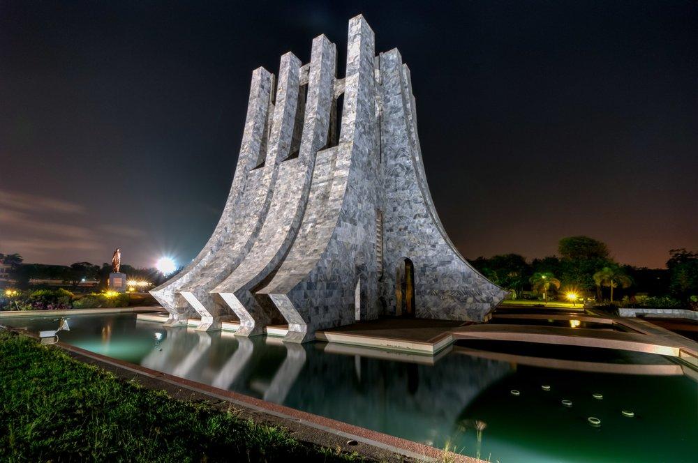 kwame-nkrumah-memorial-park-at-night-accra-ghana-48817021-min.jpg