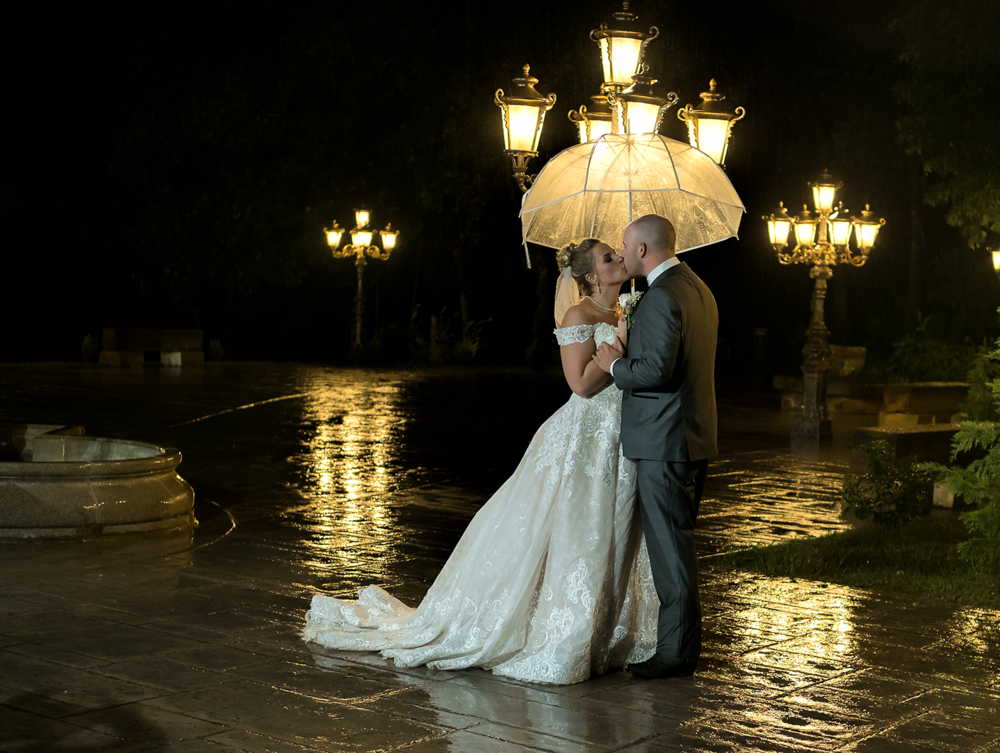 Creative and Romantic Wedding Portraits | Kendralla Photography & Media