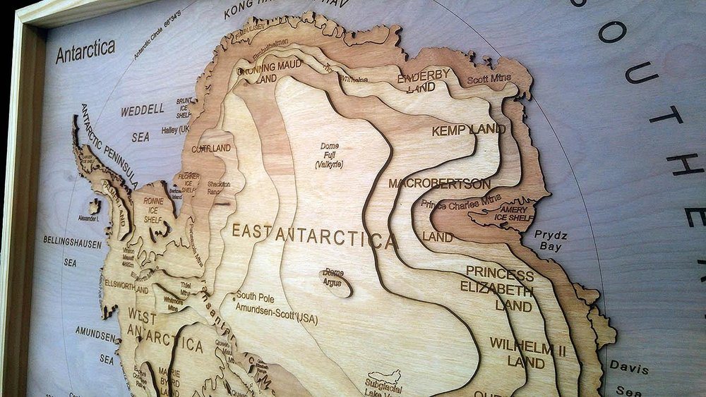 Antarctica - Explorer's Map