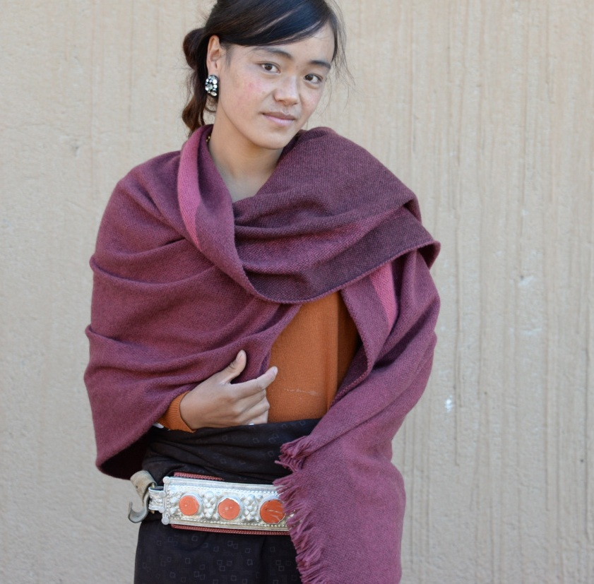 Tangzi Kyi ཏིང་འཛིན་སྐྱིད། - Tailor at Norlha, Mother of 1, from the Rock Valley clan