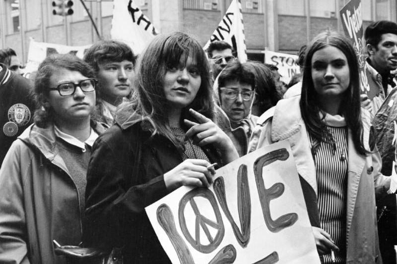 love-not-war-vietnam_3.2.jpg
