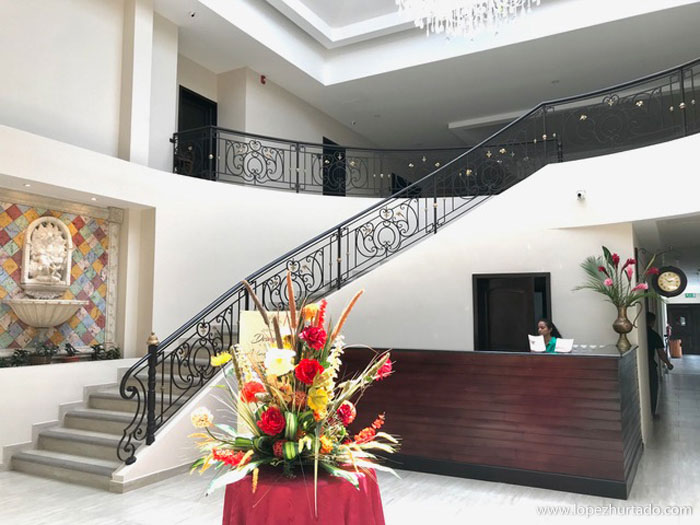 002 - Hotel Barolo.jpg