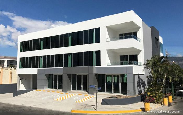 001 - Edificio de Oficinas Santa Elena.jpg