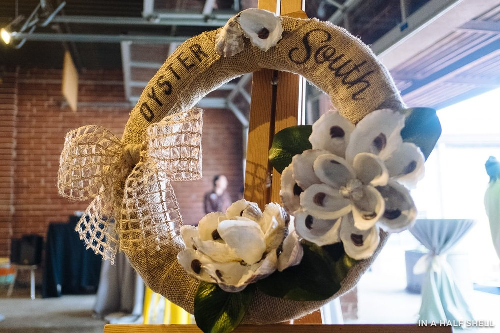Oyster South wreath