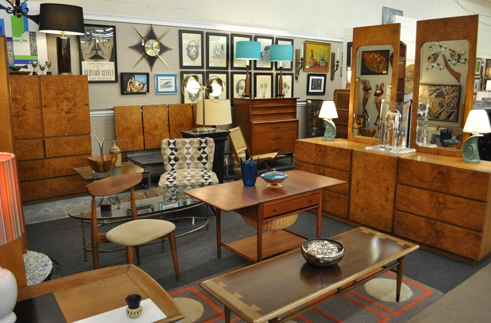 mid-century-modern-and-more.jpg
