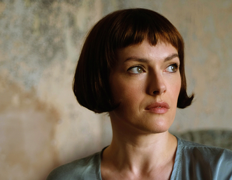 Gwenno Saunders - What if your mother tongue is an ancient language of a land that you've never lived in?