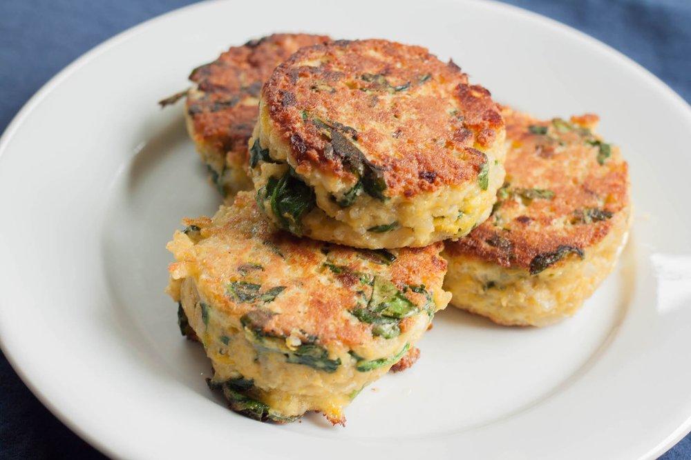Spinach-Feta-Quinoa-Cakes.jpg