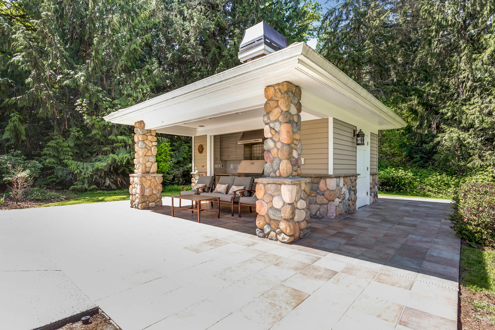 Outdoor Kitchen with Pool House