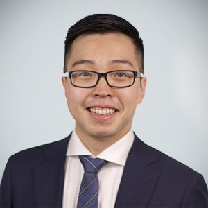 Daryl Xu    Over four years of industry experience most recently as a Management Consultant at A.T. Kearney, where he advised senior executives at Fortune 500 companies on top strategic and operational issues