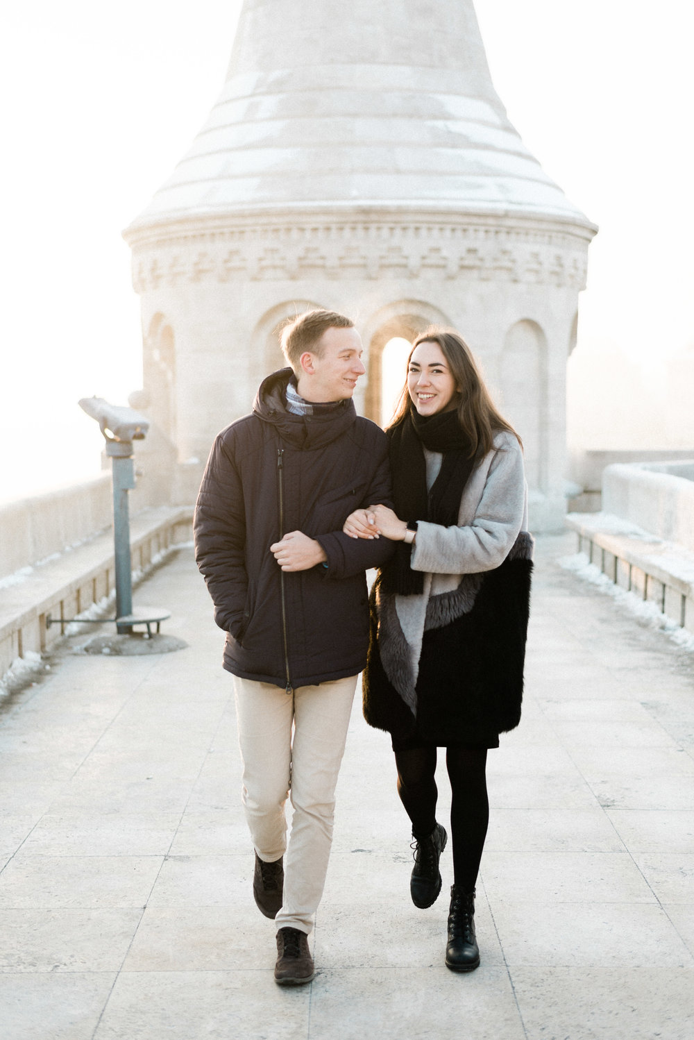 Surprise engagement at the fisherman's Bastion - A Russian couple in Budapest