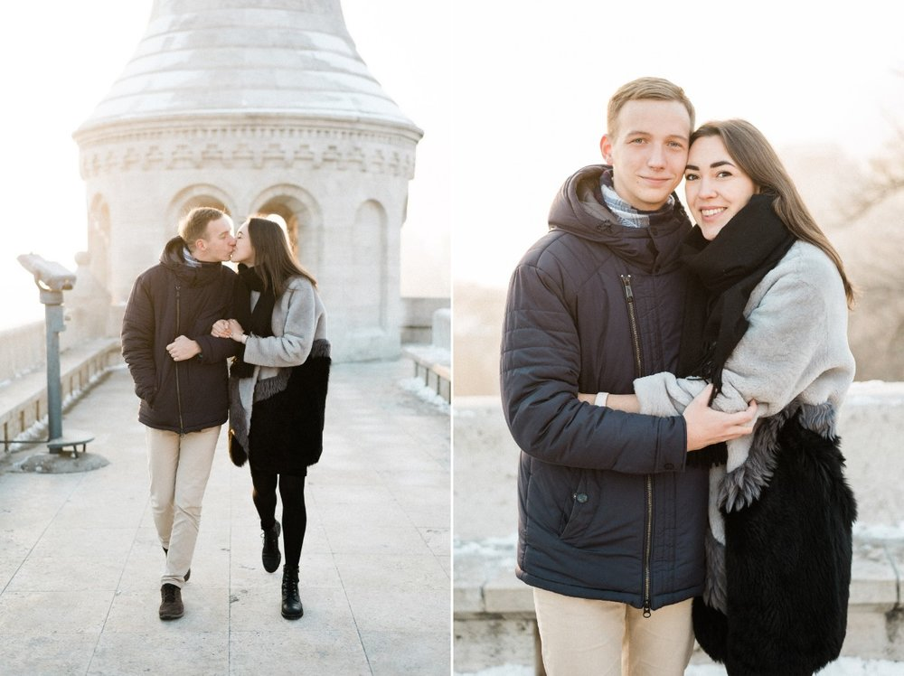 surprise proposal in budapest castle fineart photographer.jpg