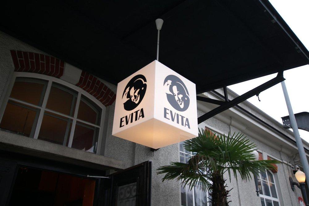 Evita2.JPG