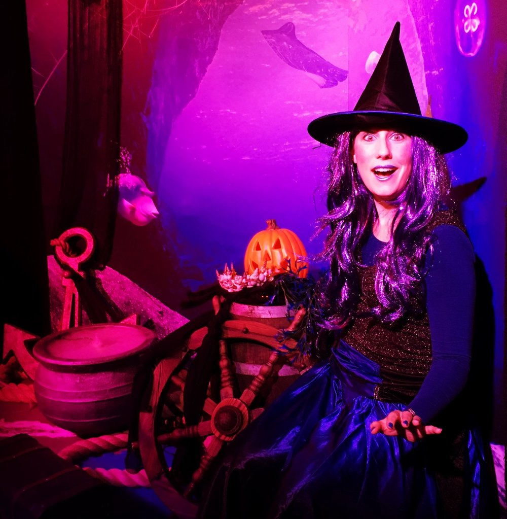 As the Sea Witch in ASCARIUM at Loch Lomond dir. Floss Ross (Fizzgig Theatre)