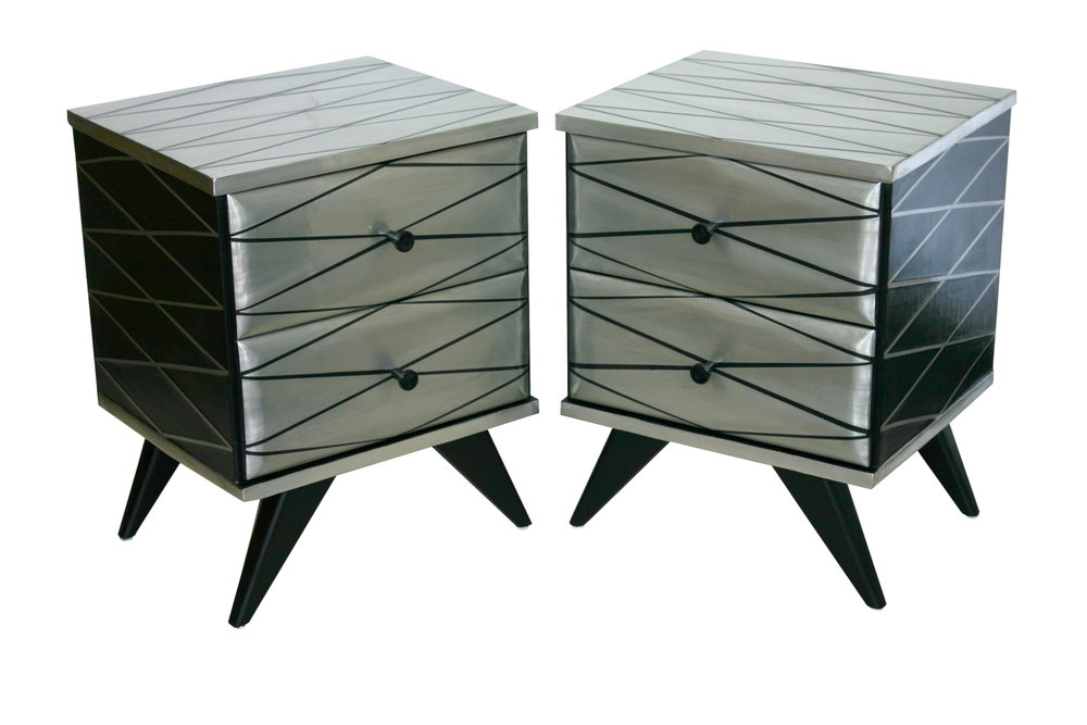 'Diamond' Bedside drawers