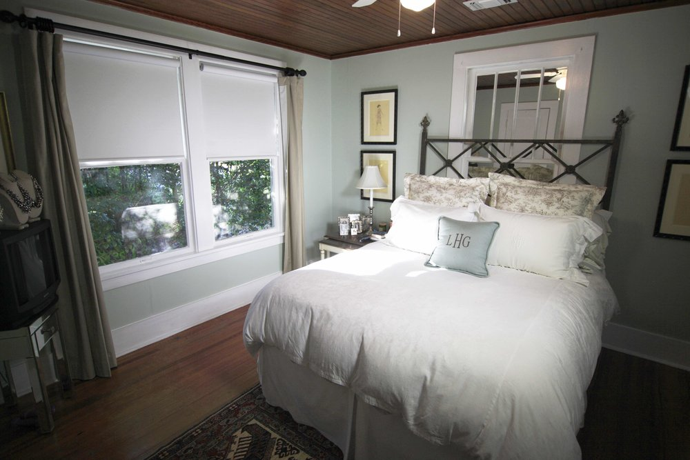 QMotion & Living provide seamless window treatments for your home.