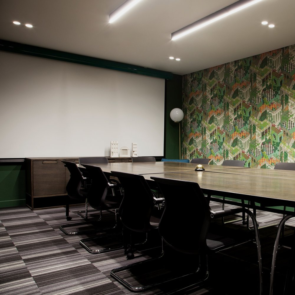 Fibre powered video conferencing - Be assured of instant, high-speed connectivity and seamless technical support for your next local or international meeting. All meeting rooms are equipped with screens or projectors to facilitate high definition audiovisual presentations.