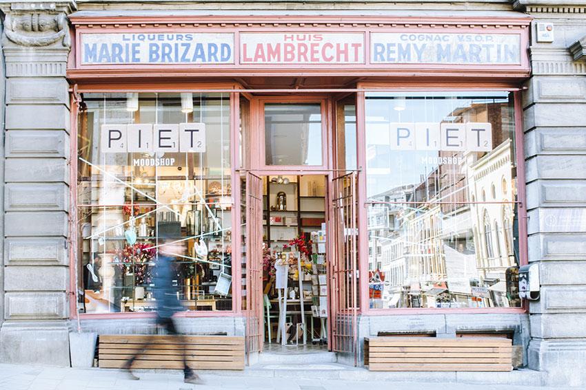 Piet Moodshop - Homestore in de Sint-Pietersnieuwstraat