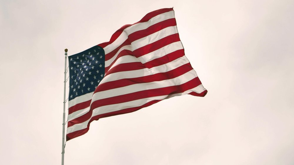 Susan-Carroll-Law_Family-Law-Divorce-Seattle_First-Ammendment-American-Flag-Joshua-Hoehne-635782-web.jpg