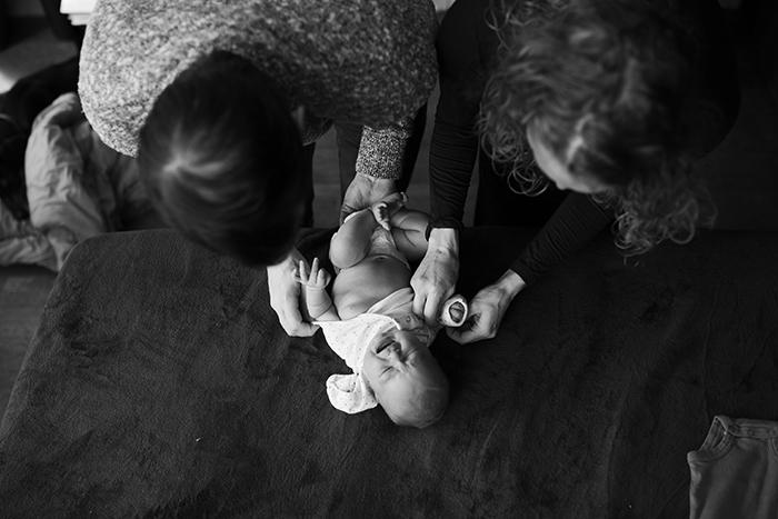 anela_seattle_newborn_photographer_2.jpg