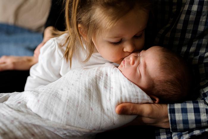 anela_seattle_newborn_photographer_36.jpg