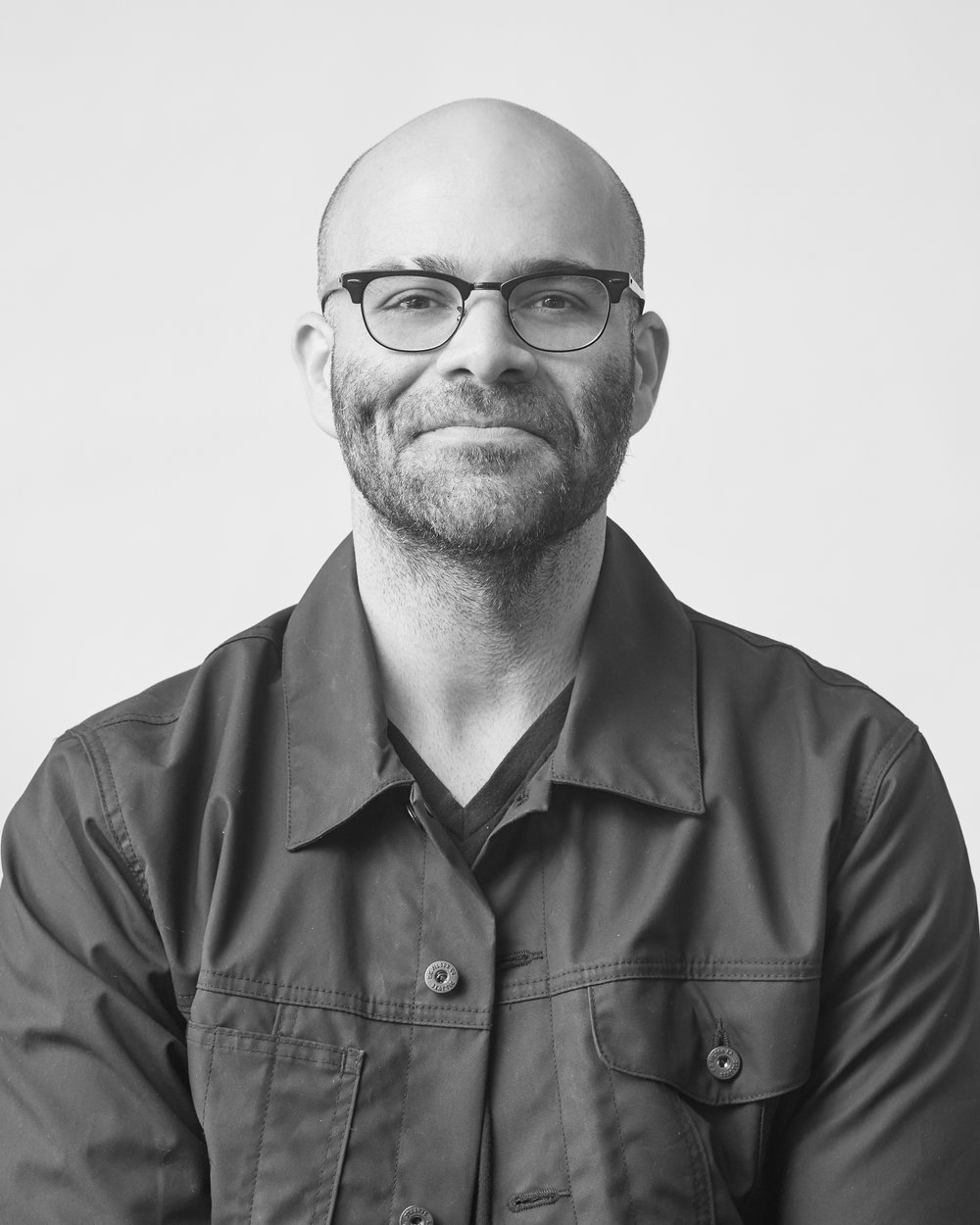 Mike Isaac - BW author photo - front.jpg