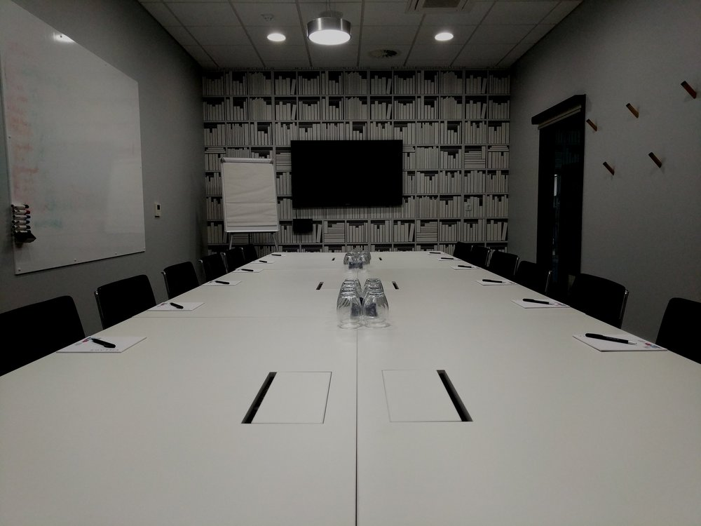 leadership academy - Monthly boardroom group sessions focused on six principles that turn directors and managers into extraordinary leaders.