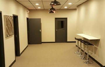 Offices rent daily, monthly, or year long leases