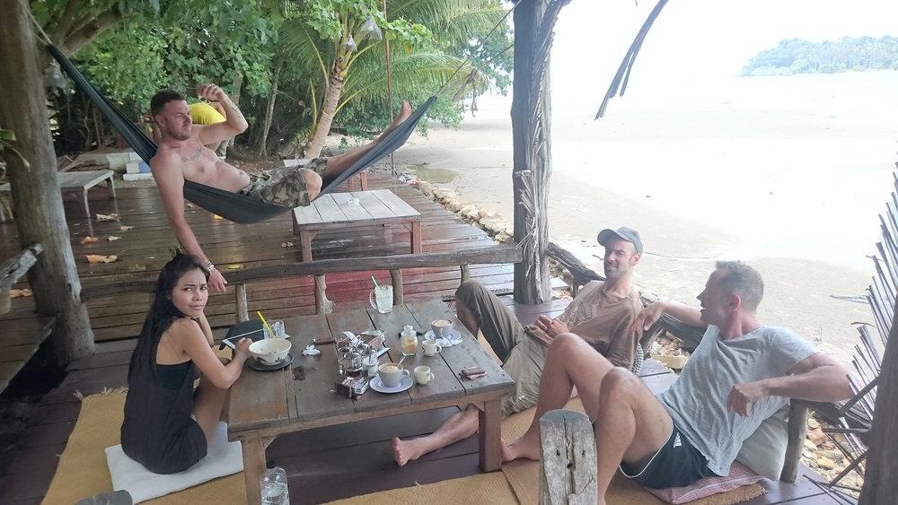 Die Sitzungen auf Koh Chang (mit dem Meer im Hintergrund) waren ein absolutes Highlight!