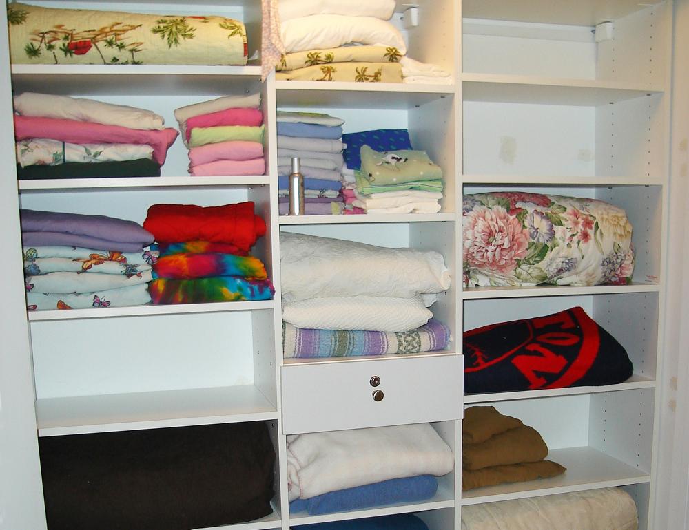 Carlu0027s Closets